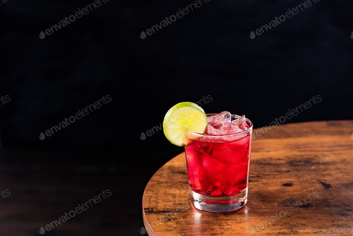 Refreshing Vodka Cranberry Cocktail