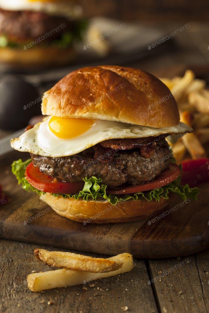 Homemmade Bacon Hamburger with Egg