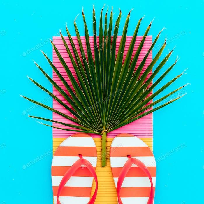 Flip-flop and palm. Tropical set.