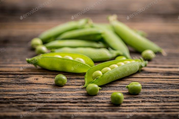 Green, fresh peas