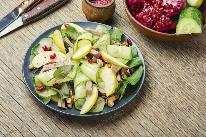 Dietary vegetable salad with meat