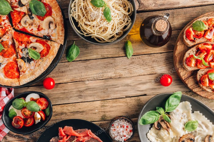 Full table of italian meals