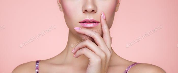 Beauty Frau mit perfektem Make-up