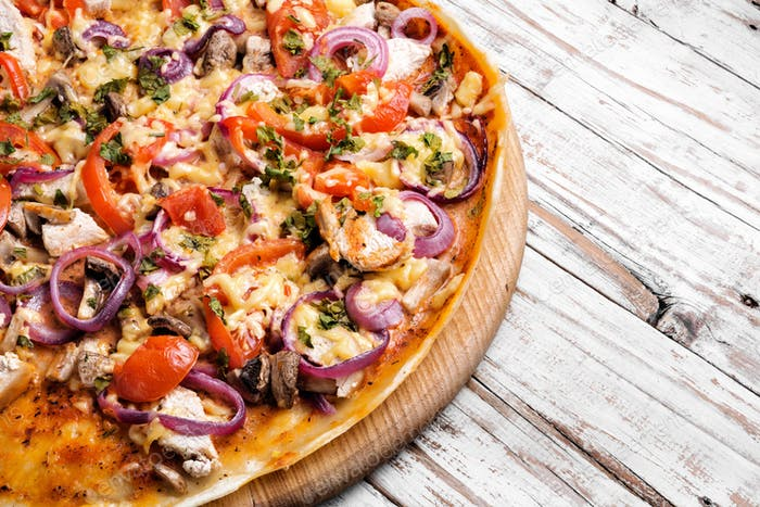 Leckere appetitliche Pizza