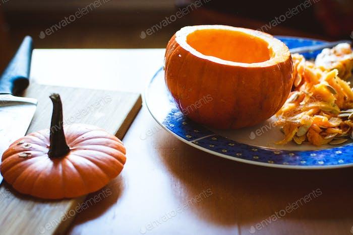 Carving Halloween Kürbis
