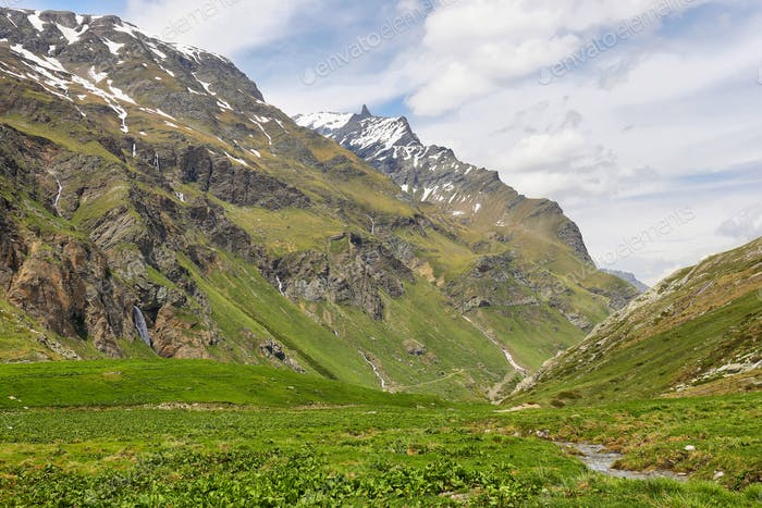 Beautiful valley in the way to Rifugio Benevolo, Val d'Aosta, Italy