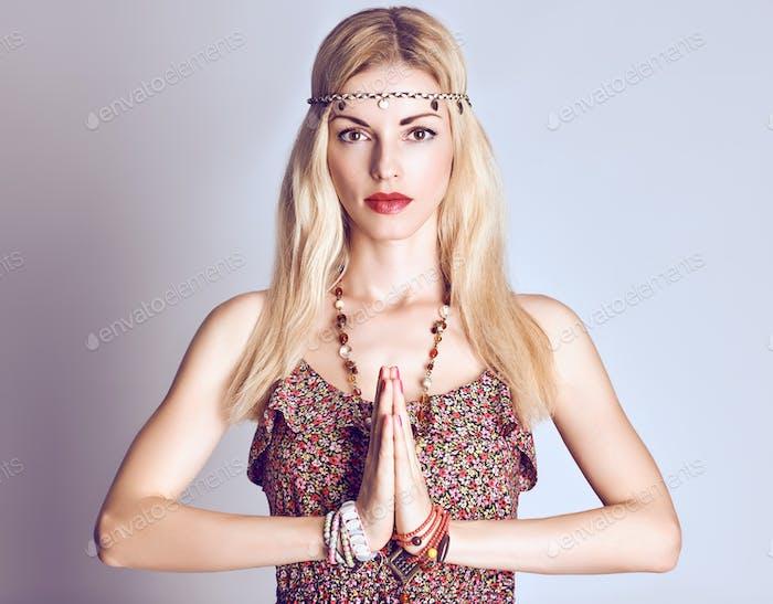 Yoga, meditiert