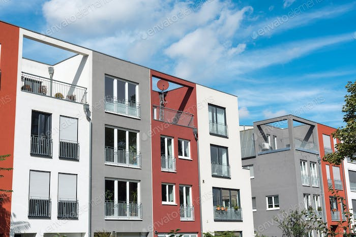 Modern serial townhouses in Berlin