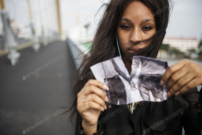 African Woman Sadness Listening Music Tearing Photo Breakup Conc