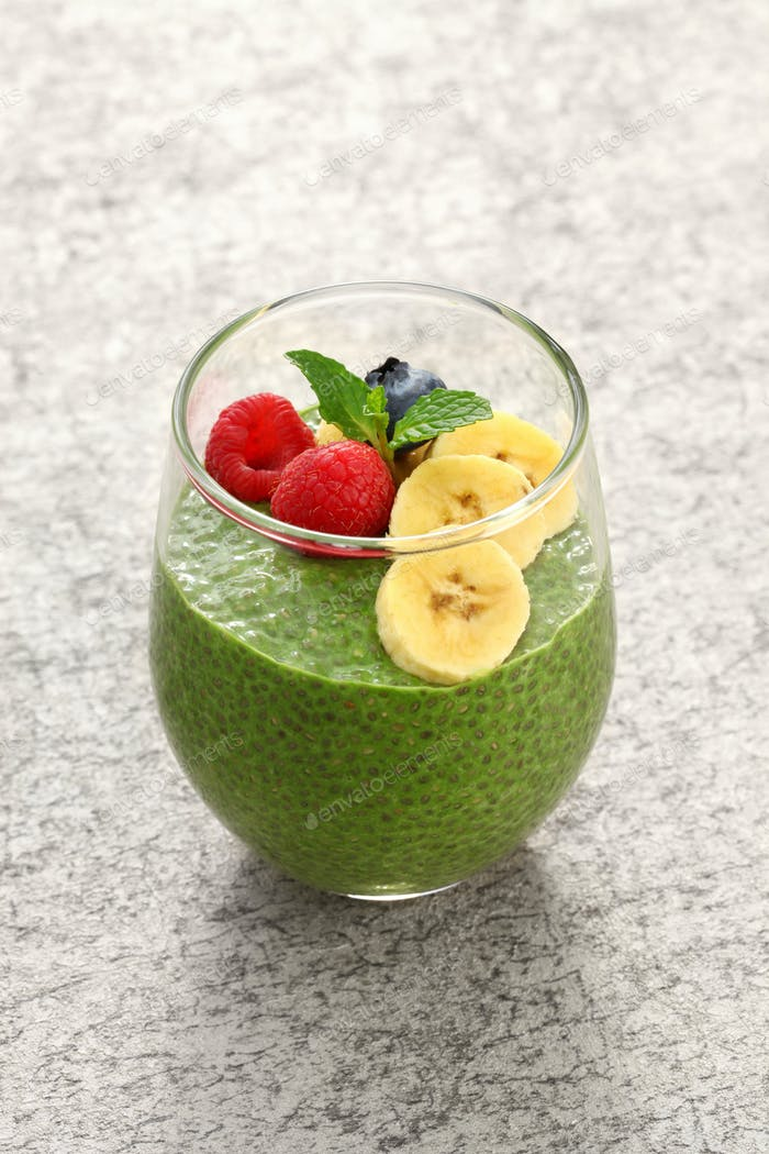 homemade matcha green tea chia seed pudding