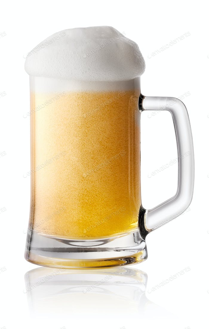 Foam fresh beer in mug