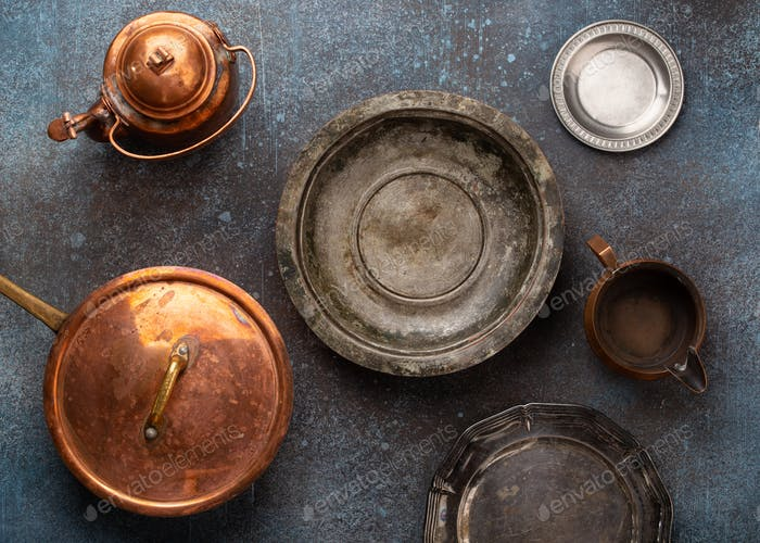 Vintage plates and bowls