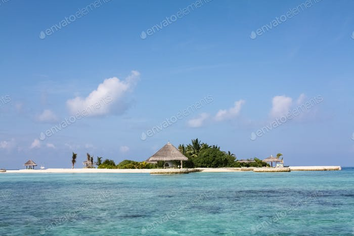 tropical island scenery,maldives