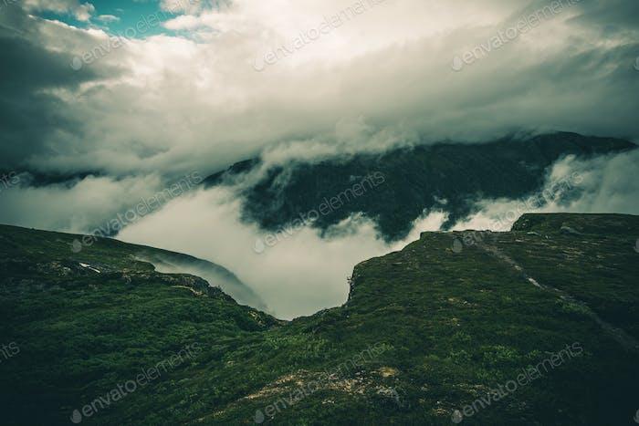 Bewölkt Norwegen Landschaft