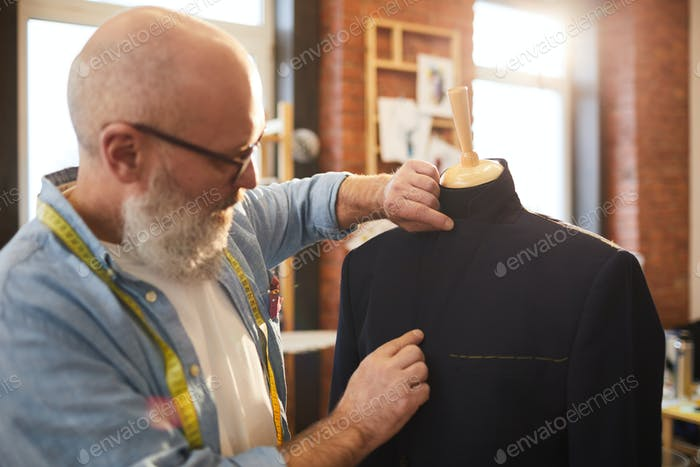 Fitting jacket on dummy