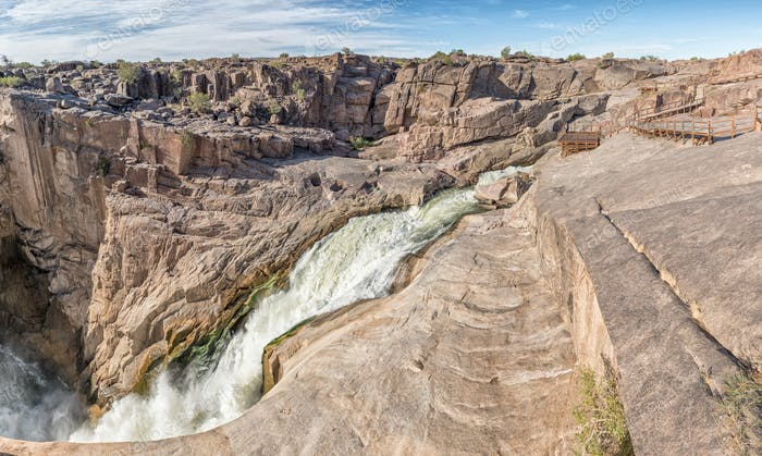 Main Augrabies waterfall in the Orange River