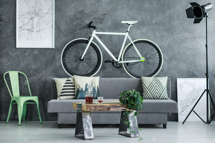 Bicicleta blanca y negra