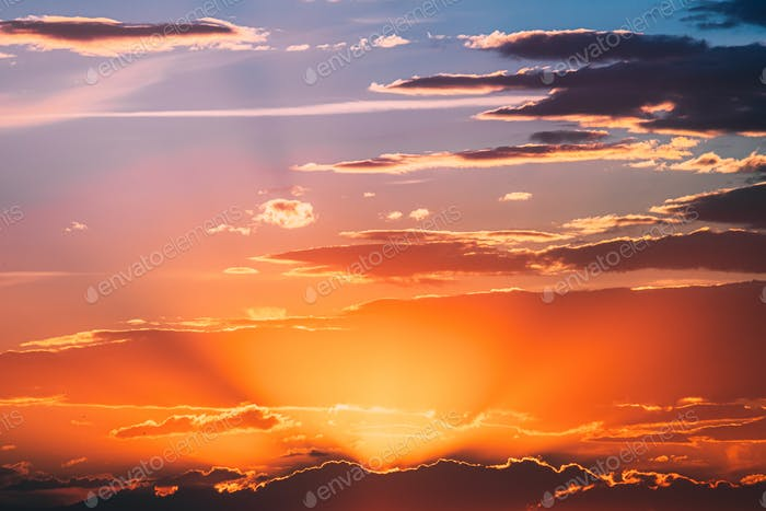 Sunshine In Sunrise Bright Dramatic Sky. Scenic Colorful Sky At Dawn. Sunset Sky Natural Abstract