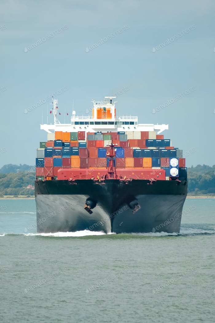 barco de contenedores