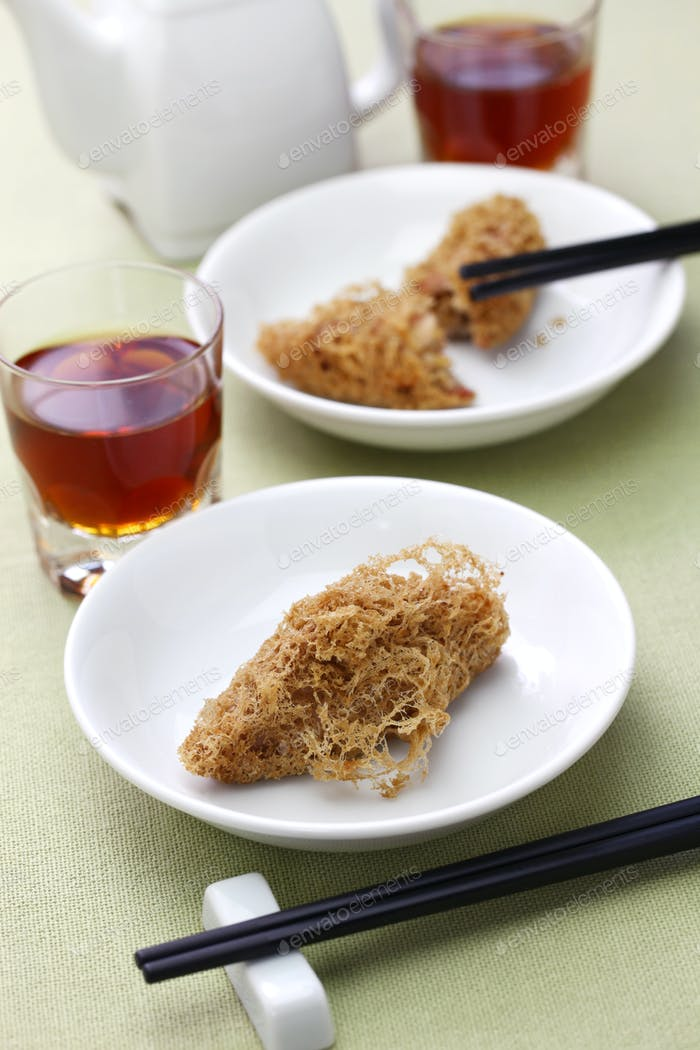 deep fried honeycomb taro dumplings, chinese dim sum and shaoxing wine