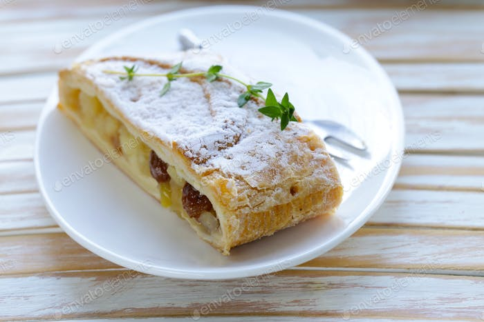 Traditional Strudel