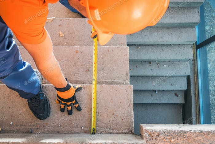 Residential Stairs Steps Correct Size