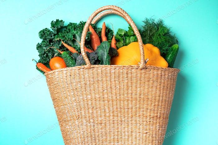 Autumn harvest. Zero waste, plastic free concept. Sustainable lifestyle. Thanksgiving day. Straw