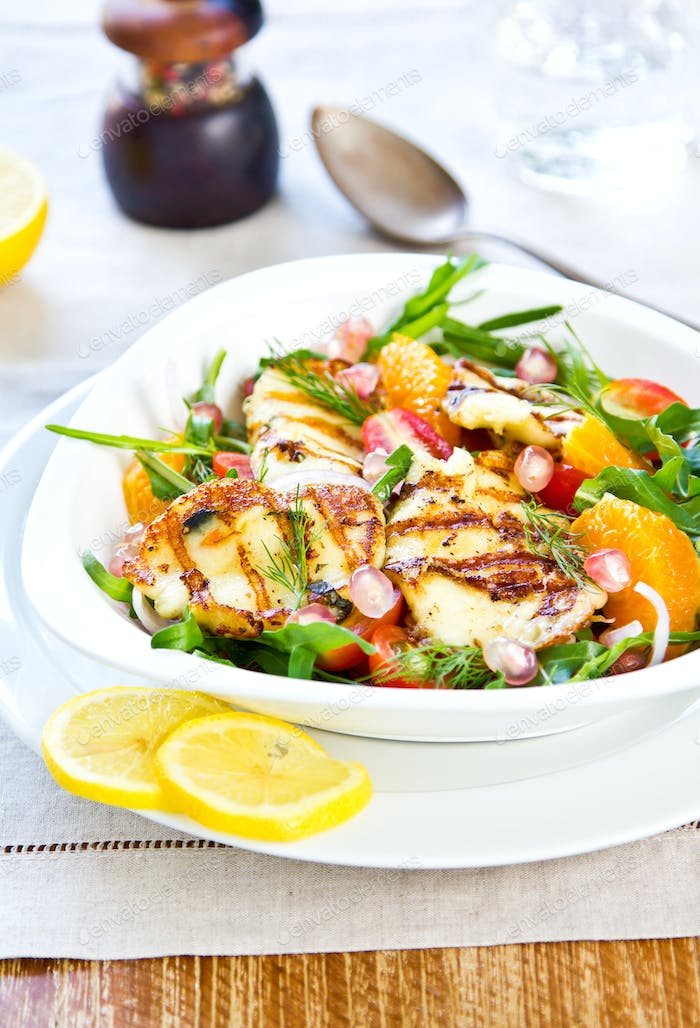 Halloumi with Orange and Rocket salad