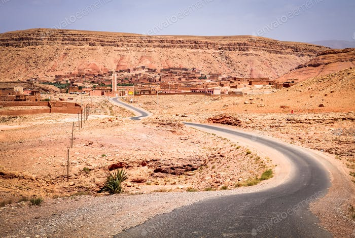 Road from Ouarzazate to Marrakesh