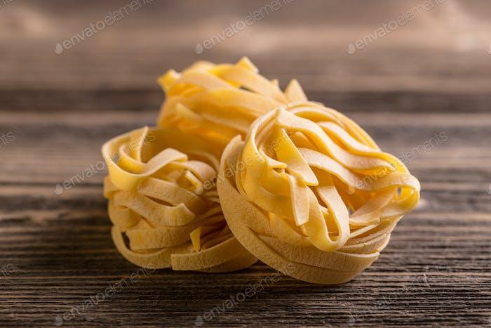 Nests of dry pasta