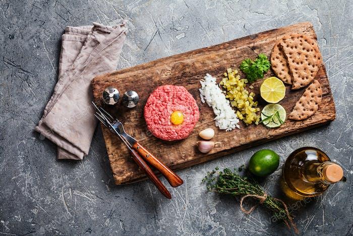 Beef tartare on cutting board