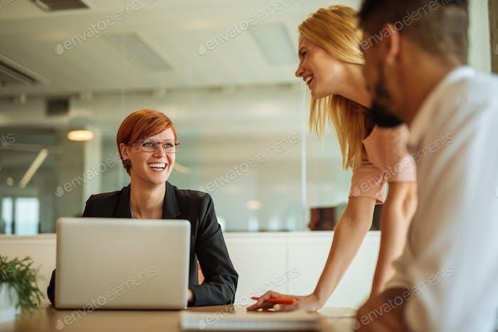 Reunión en la oficina