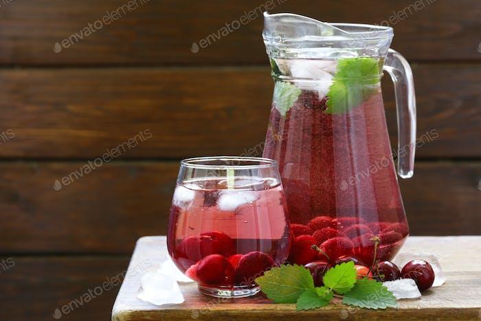 Organic cherry Lemonade