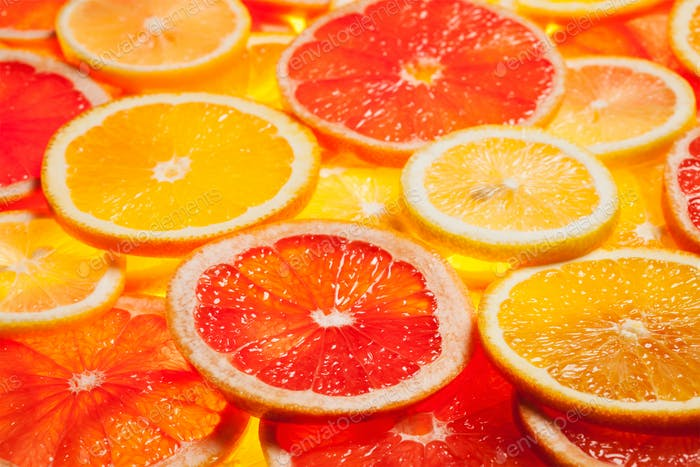 Colorful citrus fruit slices