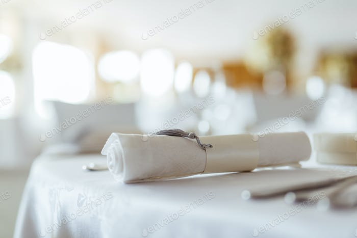 Beautiful wedding table setting