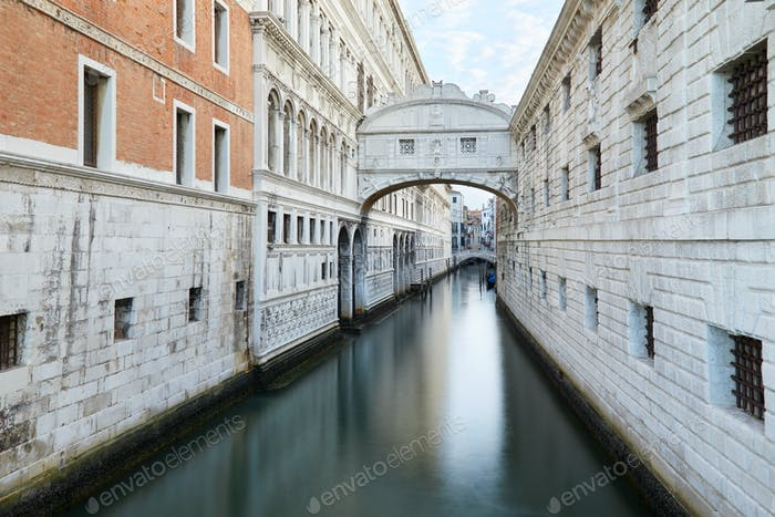 Bridge of Sighs and calm water in the canal, nobody in Venice