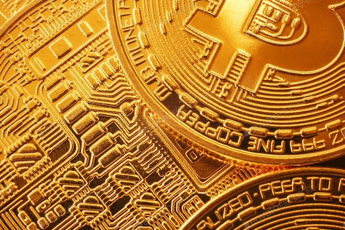 Glänzend goldene Bitcoins Muster, Goldgeld Tapete