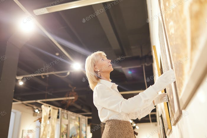Art Gallery Manager Hängende Gemälde