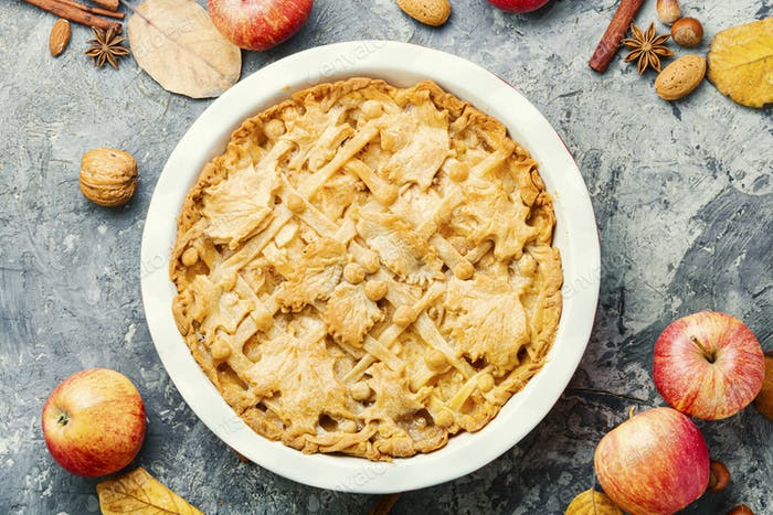 Traditional apple pie.