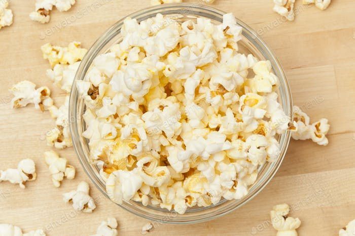 Crunchy white buttered popcorn