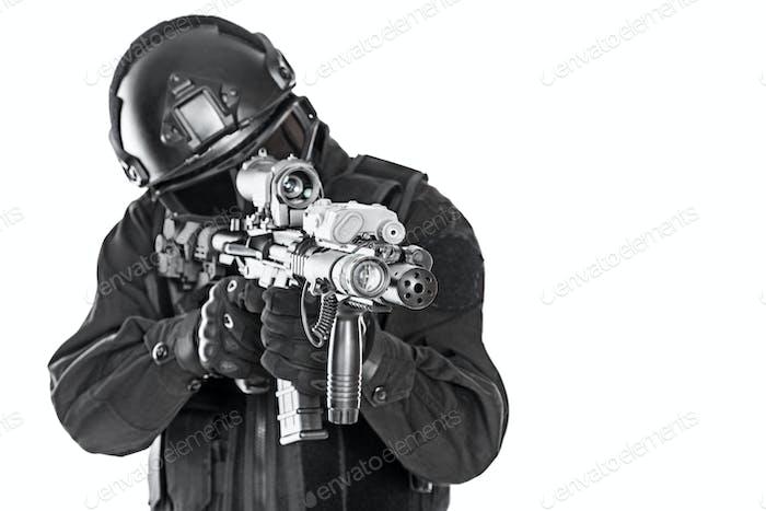 swat Polizei Spezialeinheiten mit Gewehr