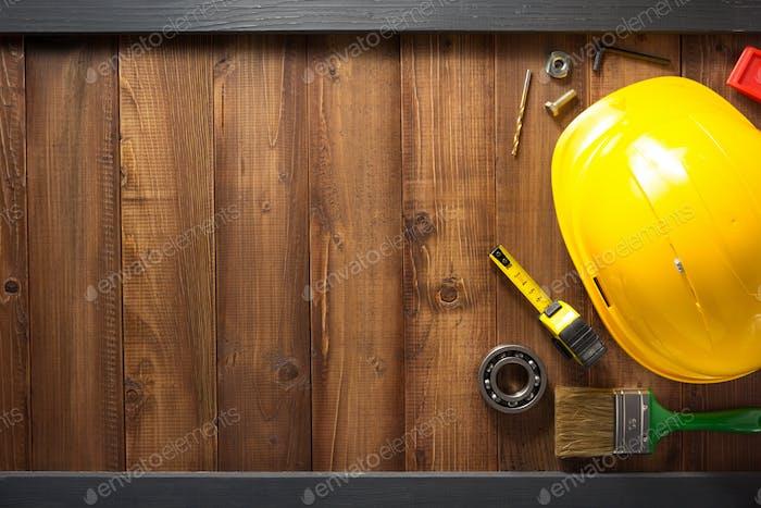 outils de construction sur bois