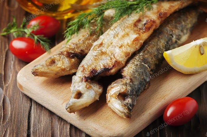 Traditioneller russischer gekochter Fisch roch