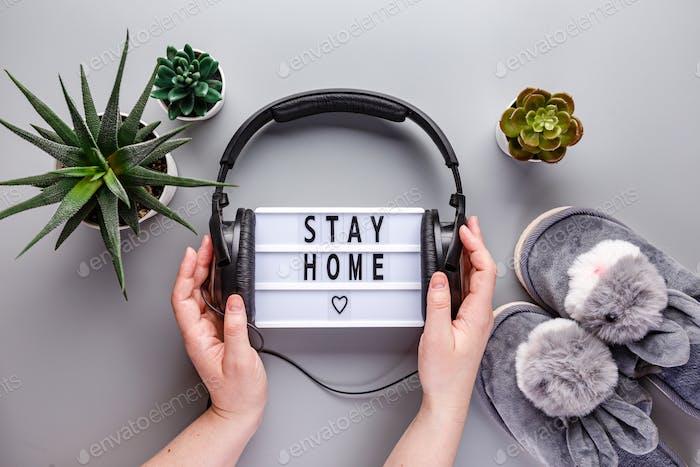 Bleiben Sie zu Hause Text Lightbox