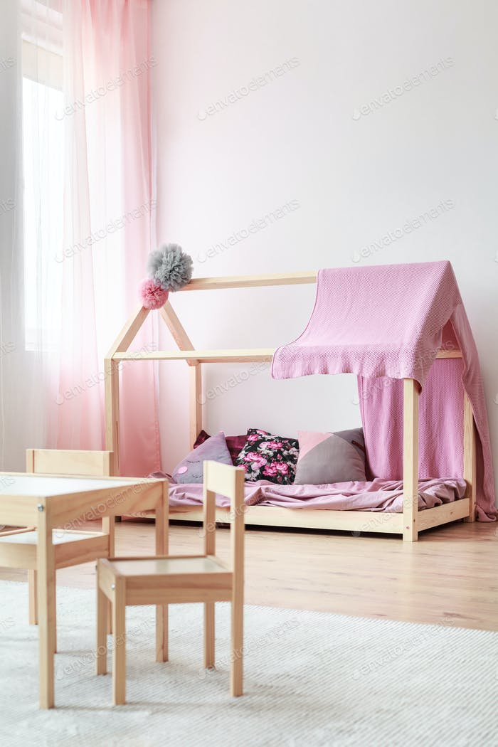 Cozy girl's room