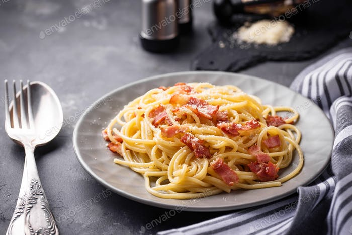 Pasta Carbonara with bacon and parmesan