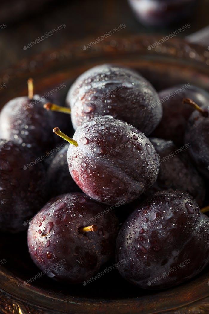 Organic Ripe Purple Prune Plums