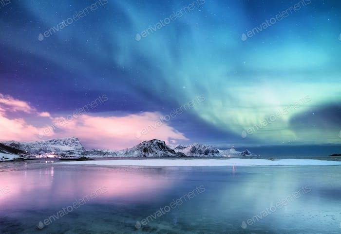 Nordlichter auf den Lofoteninseln, Norwegen.