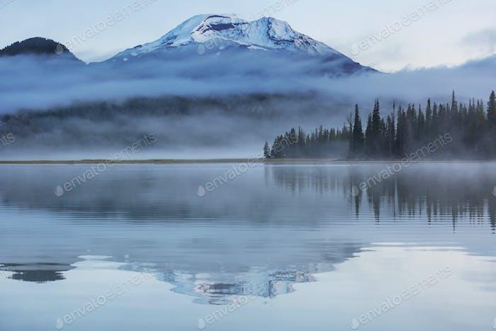 Lake in Oregon
