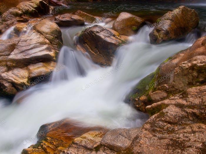 Frischer Fluss Fluss